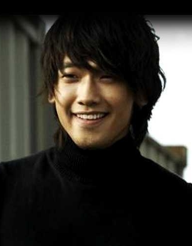 Jeong Ji-hun (Hangul: 정지훈, Hanja: 鄭智薰), Bi (비), Pi (ピ), Yu (雨), Vu, Rain