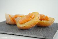 Patatas y cebollas asadas con romesco