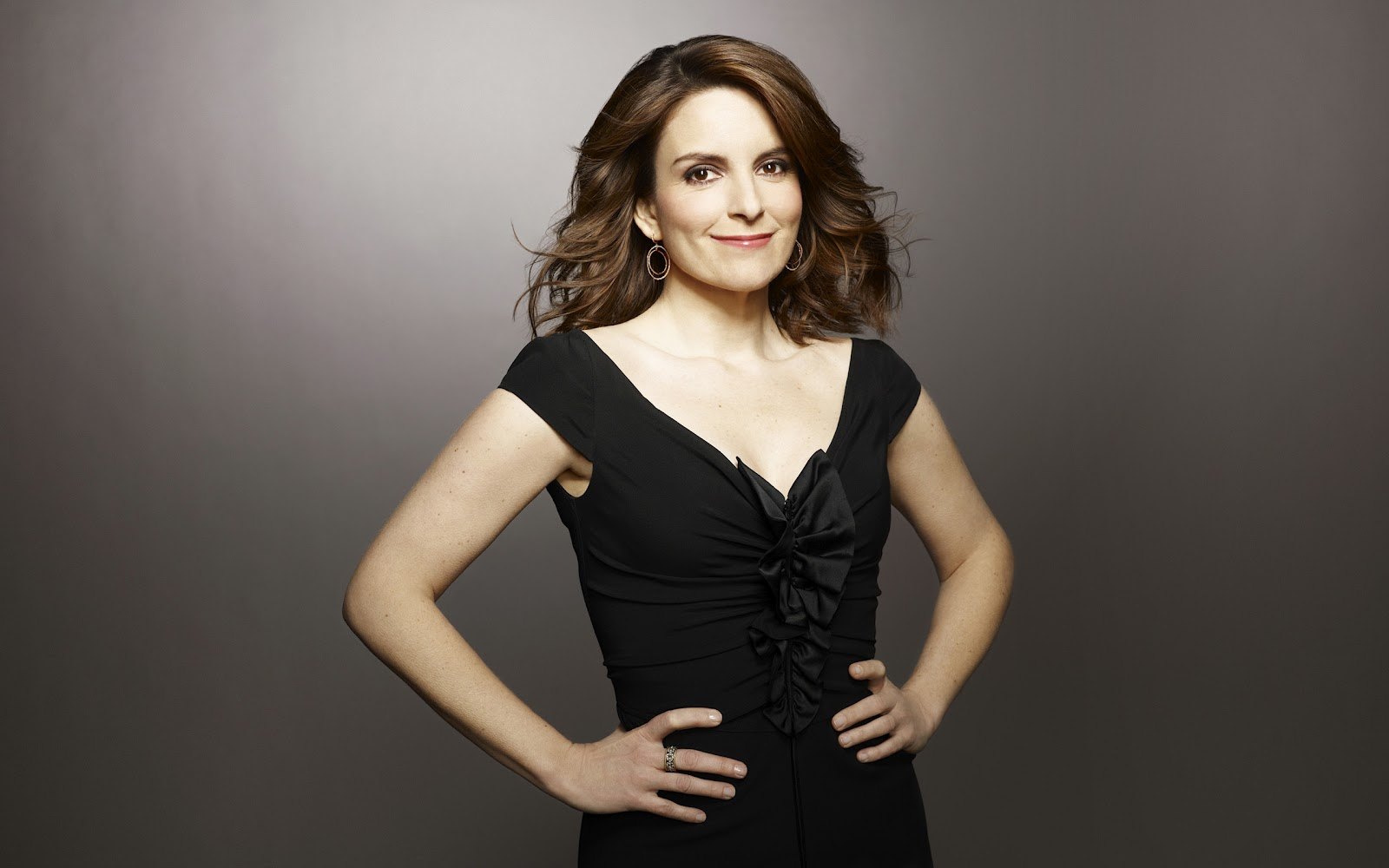 Tina Fey Unseen Spicy Photos Tina Fey Hot Cleavage Images Tina Fey