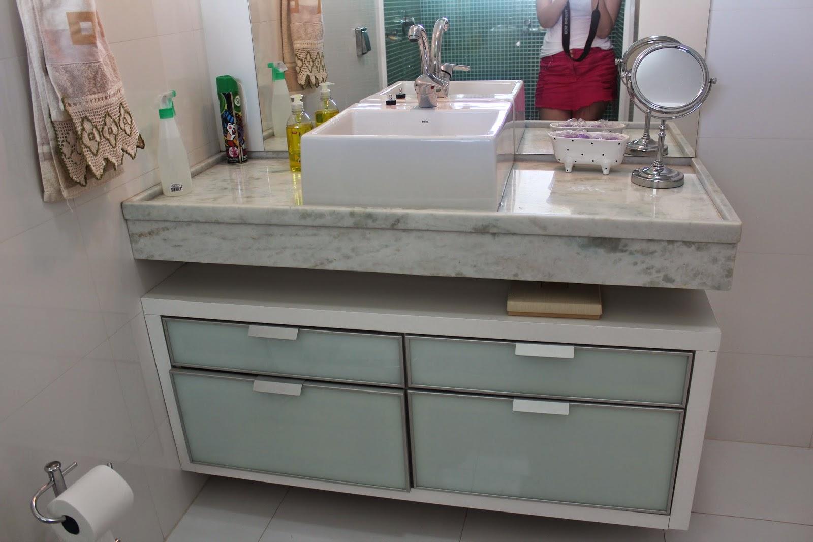 casinha da Dani e do João: Banheiros e Lavabo   atualização nosso  #61383A 1600x1066 Balcao Banheiro Suite