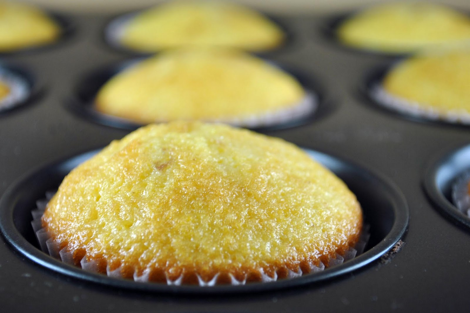 Blackberry Cornmeal Cupcakes - Bake Happy