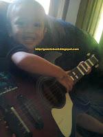 Cara Memetik Gitar Untuk Pemula Dalam Tahap Belajar