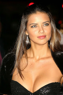 Adriana Lima New Hairstyle Pictures