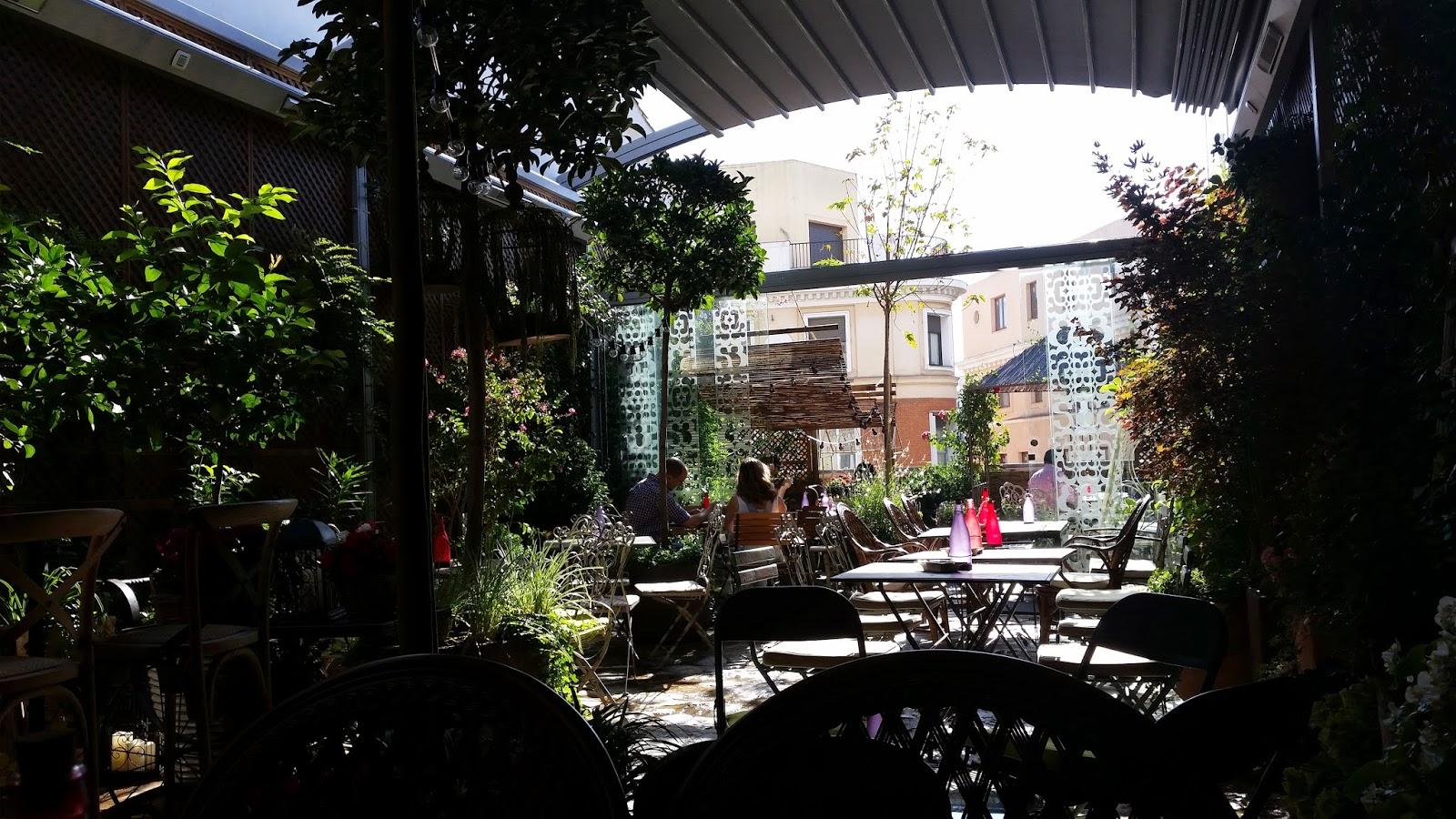 Yo solo quiero aprender algo nuevo hoy he probado el for Cafe el jardin secreto