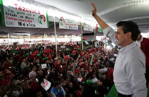 Miles de mexiquenses apoyan a Enrique Peña Nieto en Ecatepec