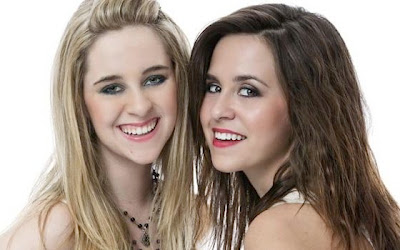Megan and Liz - A Girl's Life