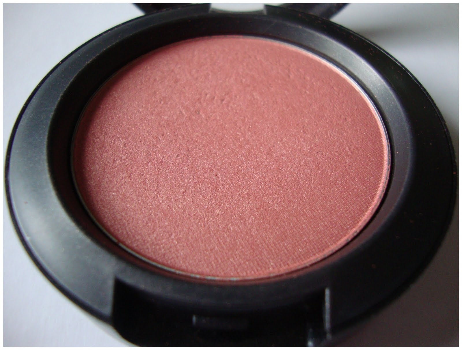 Keen on MAC Peachykeen blush : Swatches, Review, Photos ...