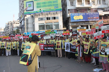 "People in Vadodara(Gujarat) taking part in ""Khao Safe,Jiyo Safe"" rally on National Safe Food Day"