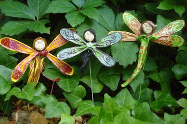 Fadas e duende-libelinha de jardim