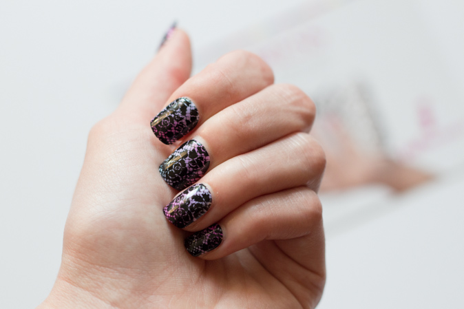 impress press on manicure by broadway nails review disney villian evil queen