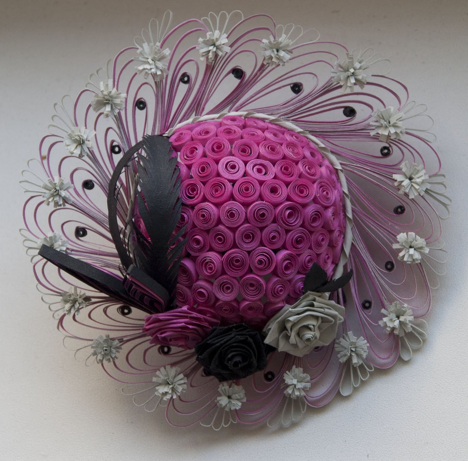 Neli Quilling Art: Quilling hat /10см,3,5см/ and hat rack