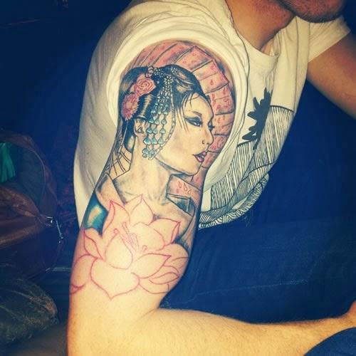 Tatuagem Gueixa braço