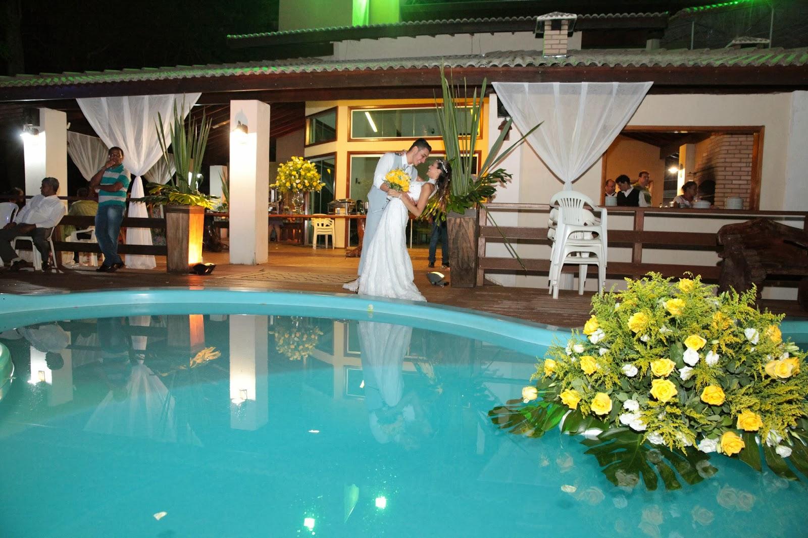 casamento jardim a noite : casamento jardim a noite:Paulo Lima – Decoração de Eventos: Casamento à beira da piscina