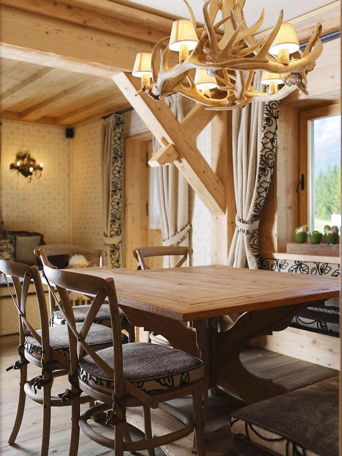 escaleras rusticas de madera