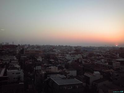 夕日と不思議な光