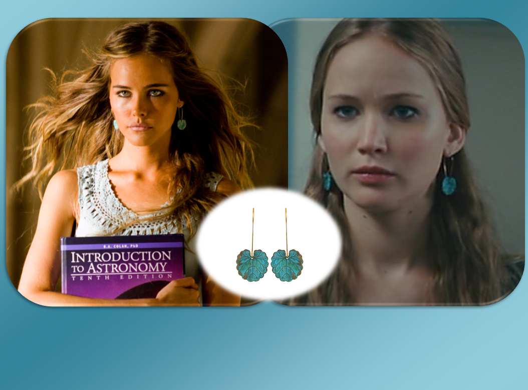 http://2.bp.blogspot.com/-BM8OvL9p4KQ/UGR6YklswaI/AAAAAAAAKUc/AQ9wpjhpc04/s1600/Gedeon+-+Isabel+Lucas+and+Jennifer+Lawrence+wearing+Naida+Mini+Earrings.PNG