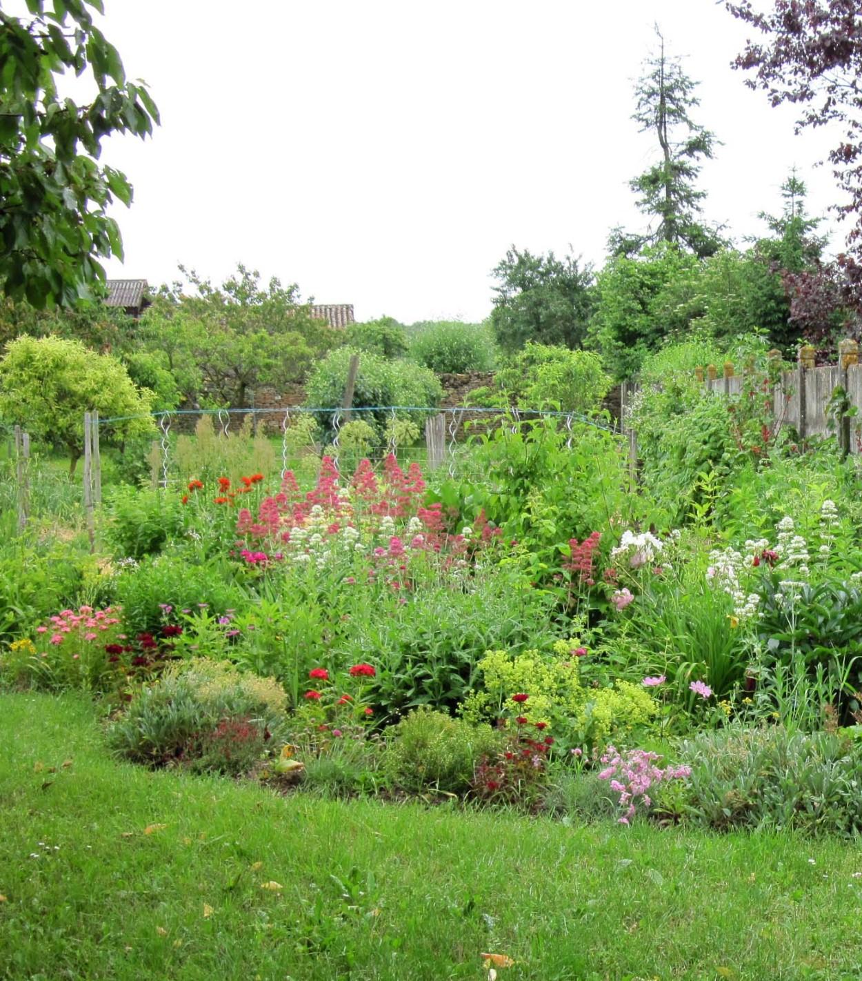Le jardin des abeilles 71 bienvenue au jardin des abeilles for Jardin 71