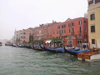Venecia contigo y contigo