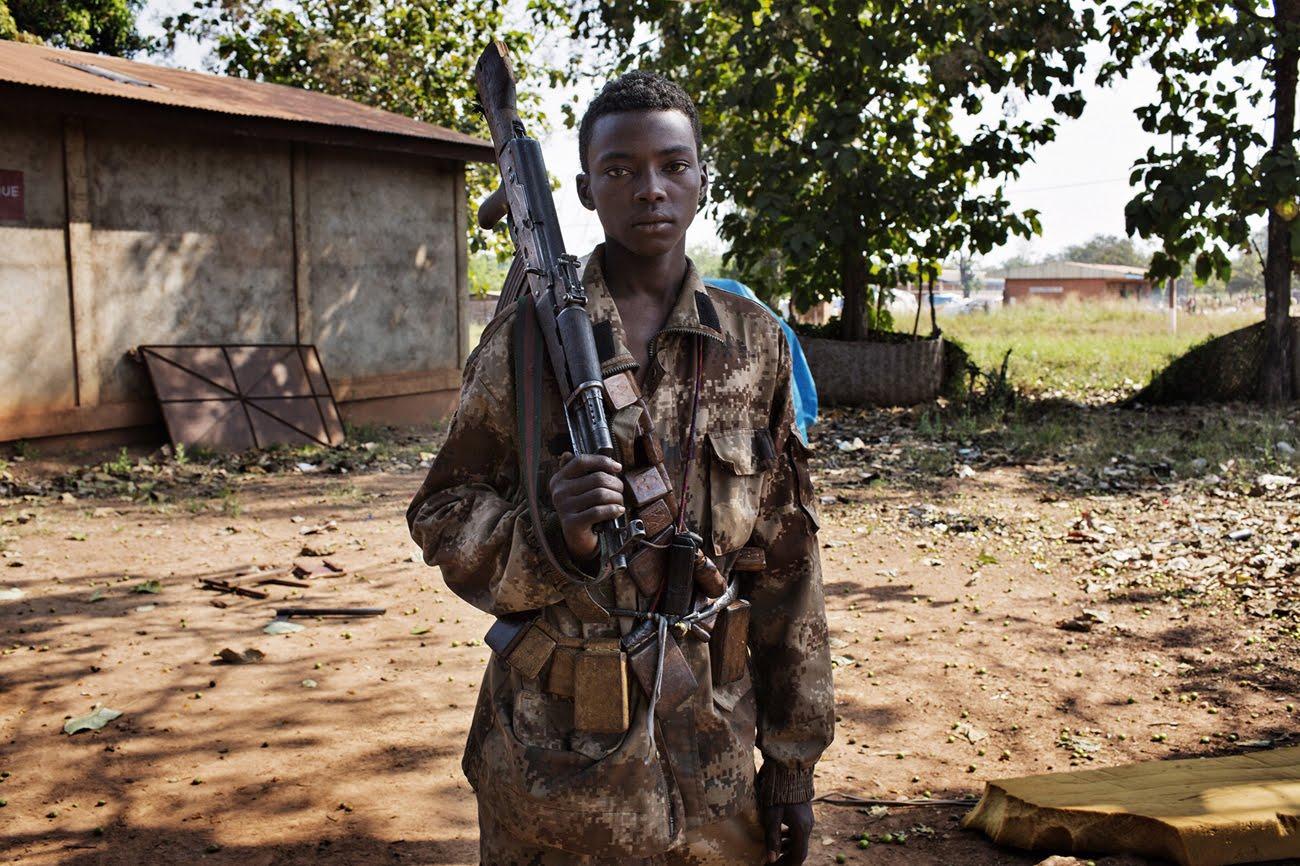 Los niños de la guerra en el centro de África
