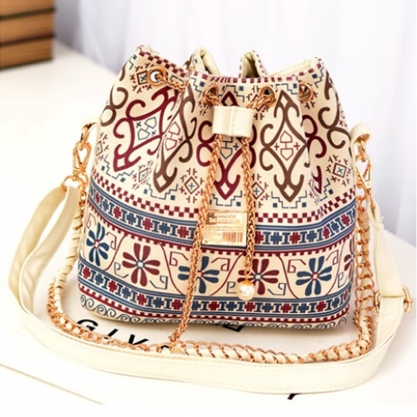http://www.handbagwholesale.my/index.php?route=common/home
