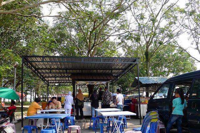 Karipap Panas Taman Gelora