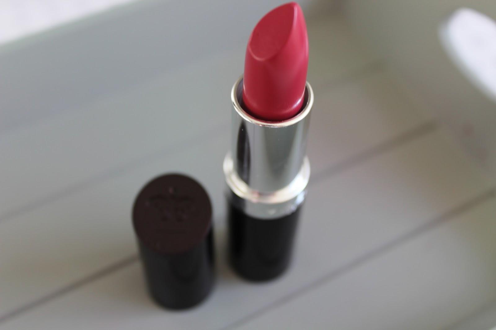 Rimmel lipstick Heart Breaker 016