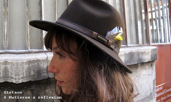 Chapeau Stetson femme à plume