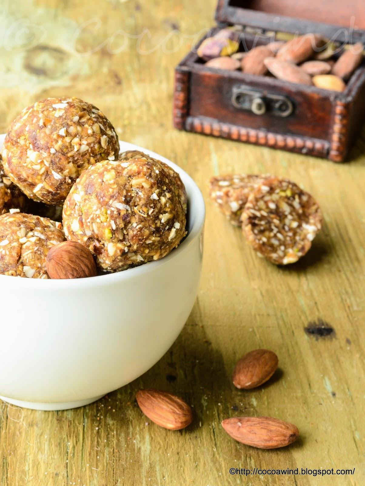 Oats-Dates-Flaxseed-Nuts Laddu