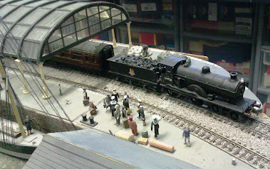 MORE MODEL RAILWAY IMAGES.