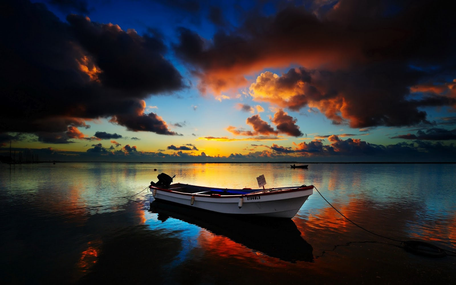 http://2.bp.blogspot.com/-BMtfoS5Jngw/UAa-pm9DMbI/AAAAAAAACqQ/W2QcDhM9Q_o/s1600/peaceful-sunset-photo-1920x1200-1002105.jpg