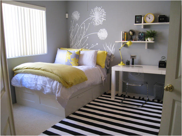 Not Pink and Beautiful Teen Girl Bedrooms ~ Room Design Ideas
