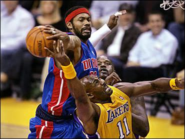 Lakers losing 2004 NBA Finals against Pistons
