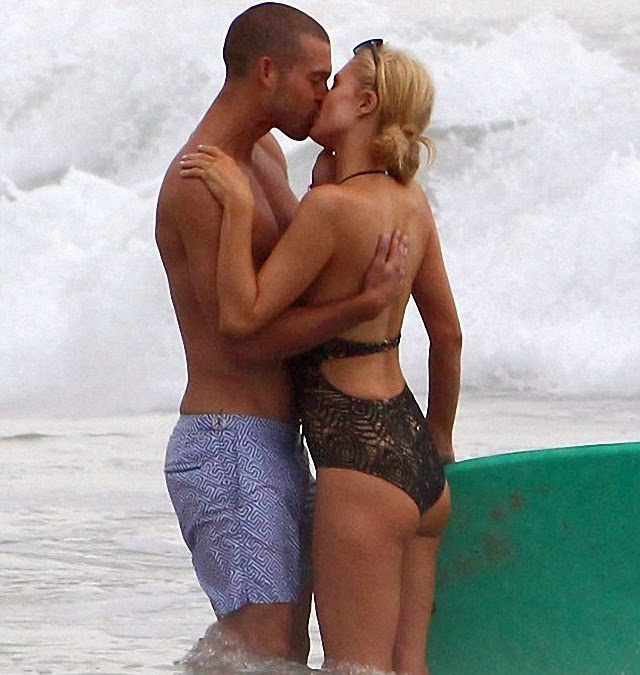 Paris Hilton con nueva pareja