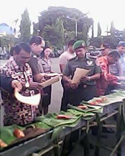 Peringati Hari Nusantara Dengan Bakar Ikan