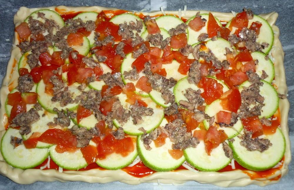 pizza casera sardinas y calabacín