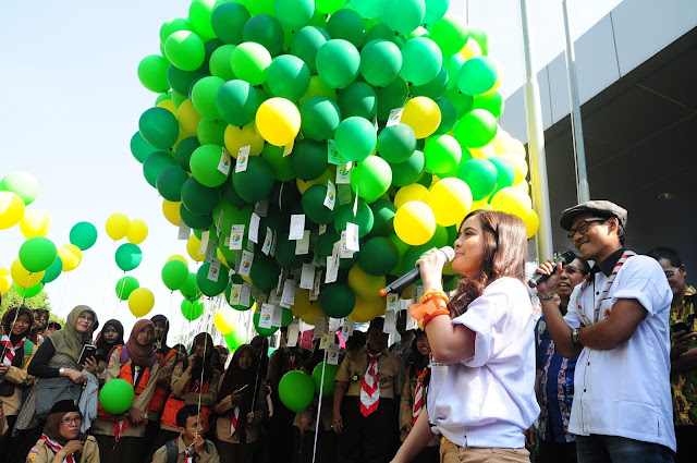 "KLHK Lepaskan 1000 Balon ""Share Your Dream"""