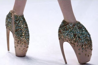 Outrageous and Cool Shoe Deshgns