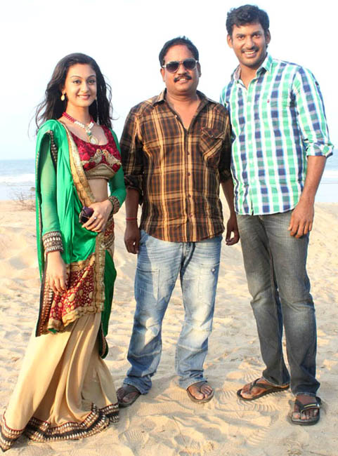 vishal aishwarya arjun pattathu yaanai movie working stills4