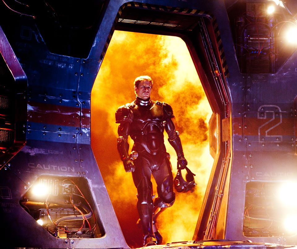 Charlie Hunnam stars as Jaeger pilot Raleigh Becket reporting for duty in Warner Bros. Pictures' Pacific Rim (2013)