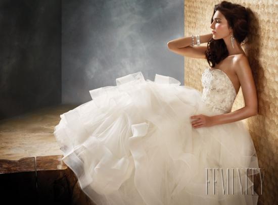 Najkrajšie svadobné šaty roku 2013/ The most beautiful wedding dresses of year 2013