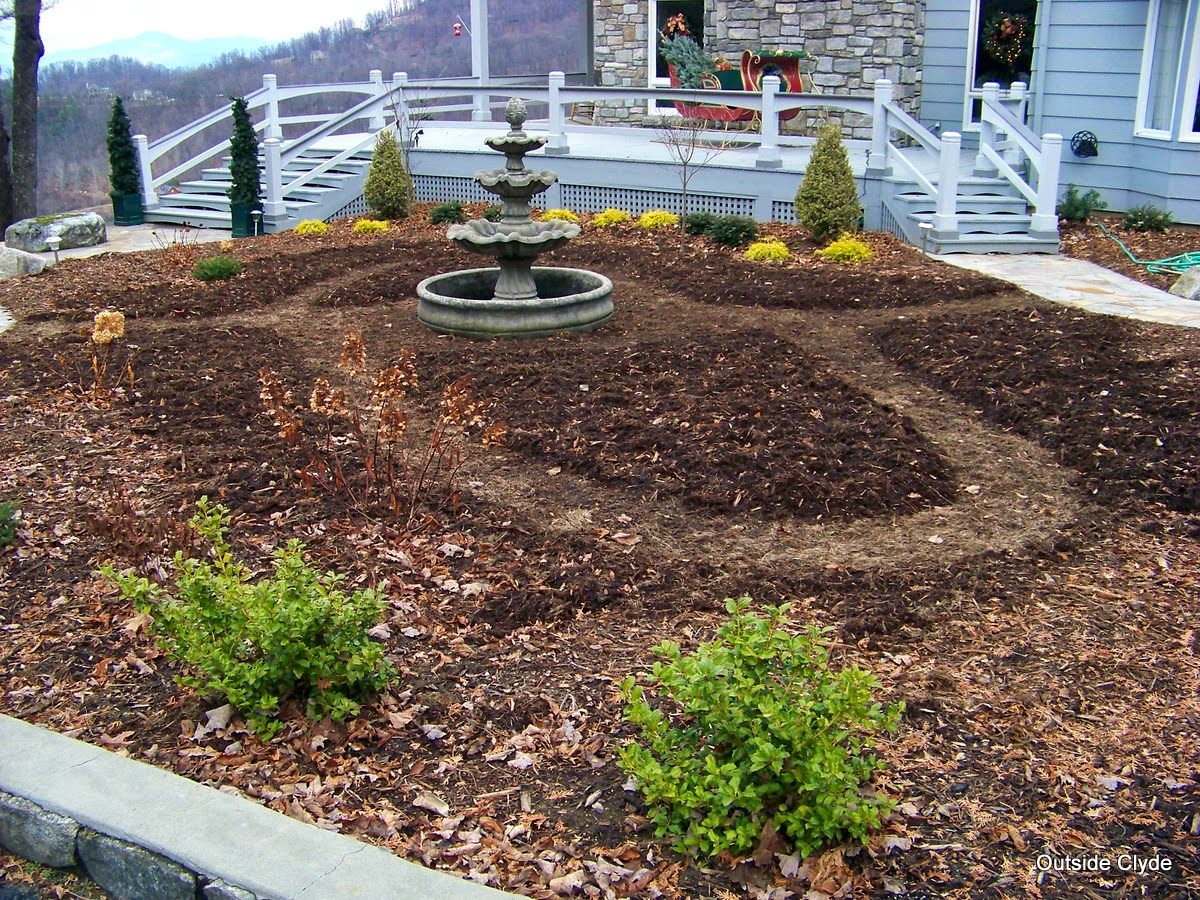 Outside Clyde: A Proper Civilized Garden