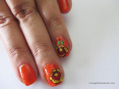 nail art floreale arancio