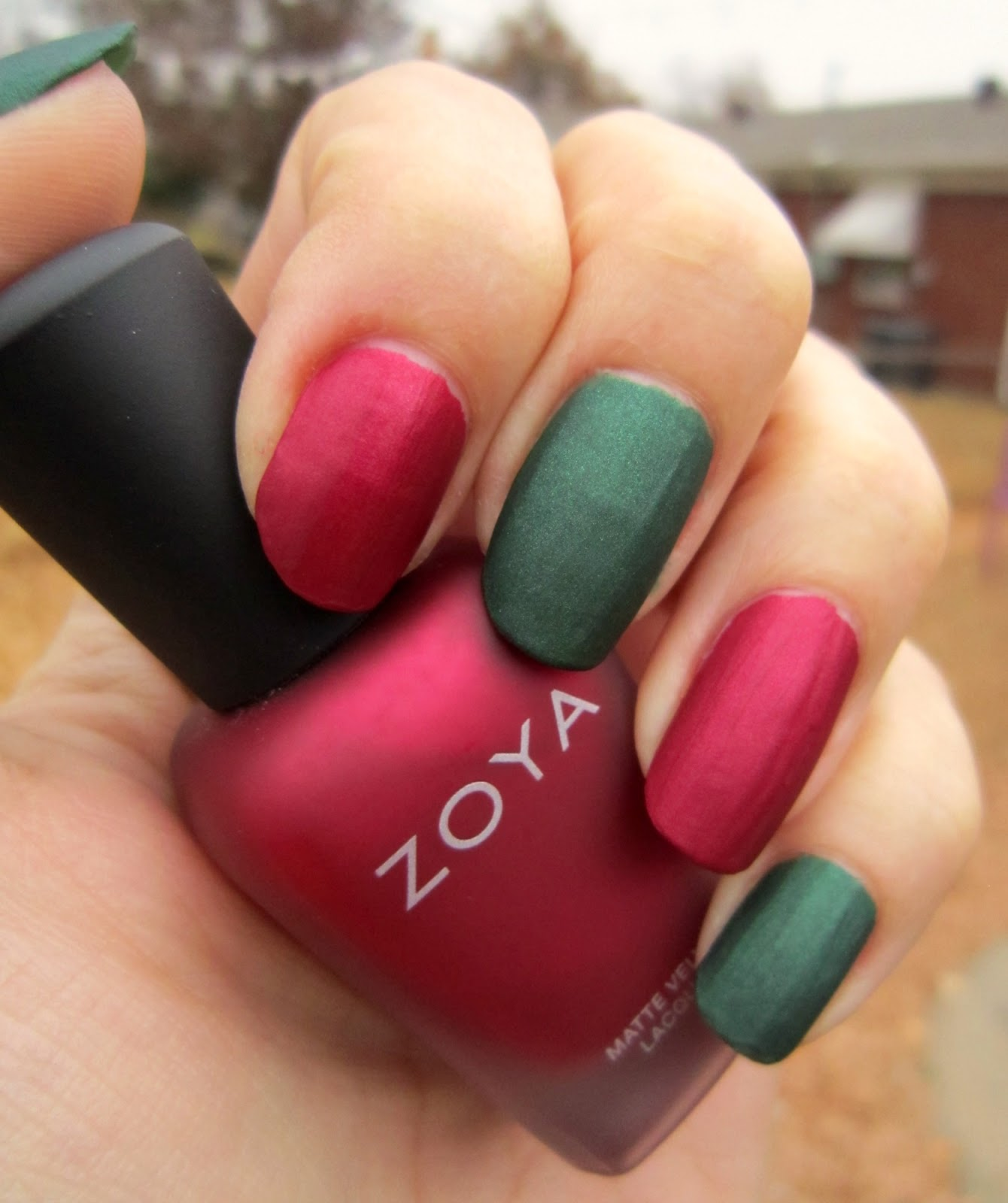 Concrete and Nail Polish: Fastest Christmas Nails Ever!