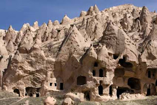 Cappadocia, Exotic Stone Town in Turkey:World Tourist Attractions