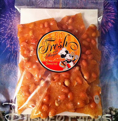 Disneyland candy Peanut Brittle Main Street bag chef Mickey