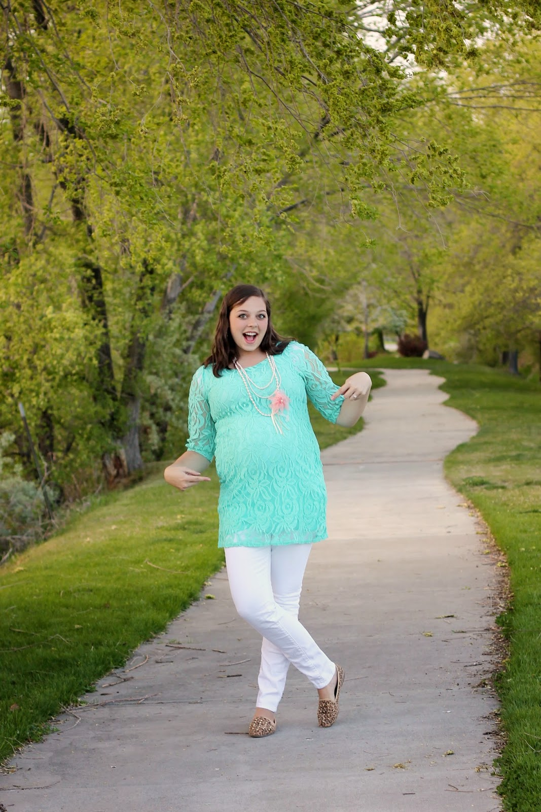 Silver lining finally cute maternity clothes a pinkblush and now for an awesome giveaway pinkblush maternity is giving away a 25 gift card to one lucky gal you dont have to be pregnant to enter this would ombrellifo Choice Image