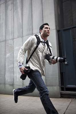 Innovative Camera Straps and Smart Camera Clips (10) 3