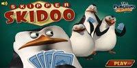 Пингвины из Мадагаскара играют в карты