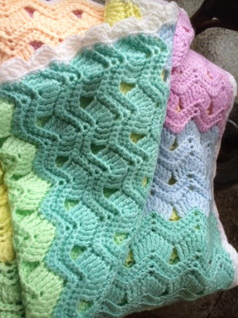 Oyas World Crochet Knitting Crochet Vintage Fan Ripple Stitch