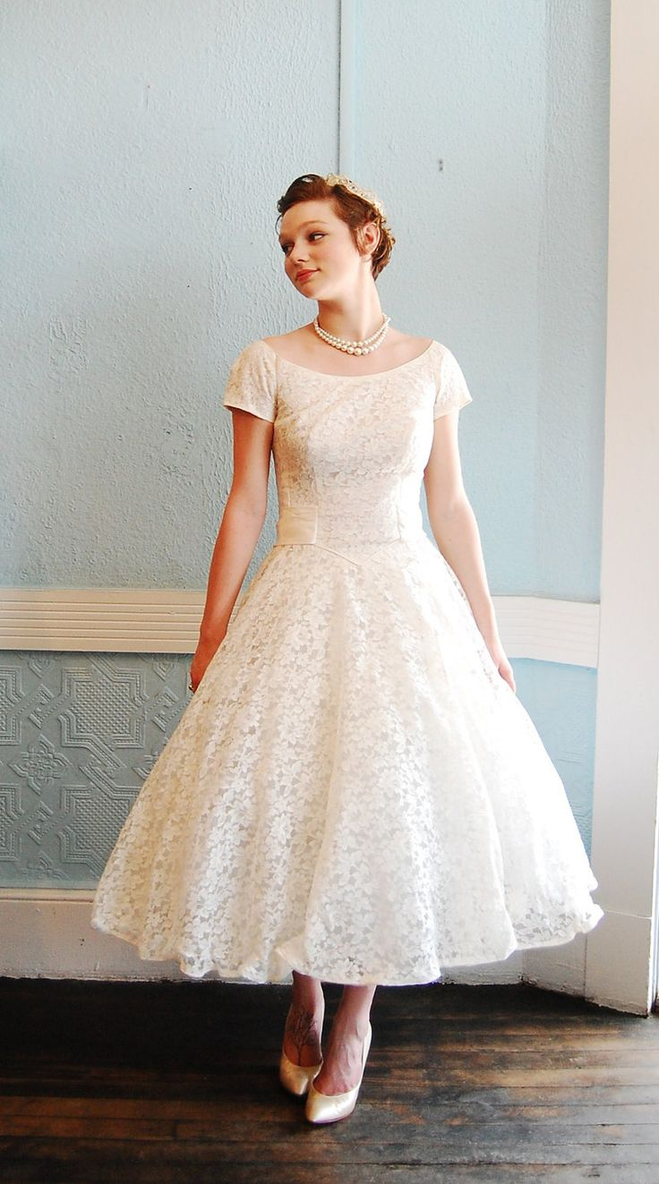 Etsy vintage wedding dresses for Wedding dress on etsy